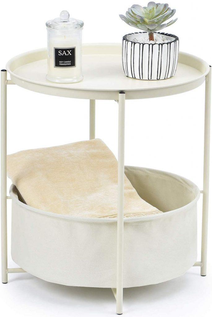 tavolino bianco cesto