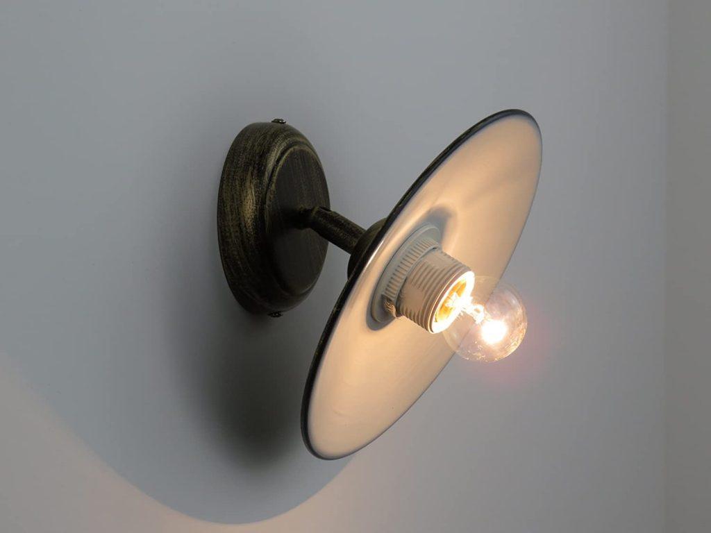 bagni da sogno stile country lampada